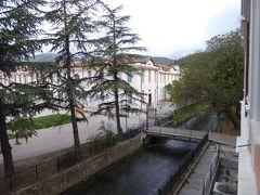 春の優雅なアブルッツォ州/モリーゼ州 古城と美しき村巡りの旅♪ Vol140(第6日) ☆Popoli:ポーポリのホテル「Albergo Ma.Re」デラックスルームから朝風景を眺めて♪