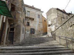 春の優雅なアブルッツォ州/モリーゼ州 古城と美しき村巡りの旅♪ Vol155(第6日) ☆Tocco da Casauria:トッコ・ダ・カサウリア旧市街をゆったりと歩く♪