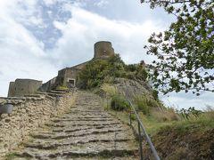 春の優雅なアブルッツォ州/モリーゼ州 古城と美しき村巡りの旅♪ Vol183(第7日) ☆Roccascalegna:憧れの古城「ロッカスカレーニャ城」へ美しい旧市街を歩いて♪