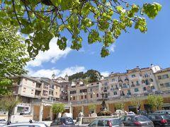春の優雅なアブルッツォ州/モリーゼ州 古城と美しき村巡りの旅♪ Vol211(第8日) ☆Castel di Sangro:規模の大きな町「カステル・ディ・サングロ」♪楽しい街歩きとショッピング♪