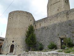 春の優雅なアブルッツォ州/モリーゼ州 古城と美しき村巡りの旅♪ Vol216(第8日) ☆Pettrano sul Gizio:ペットラーノ・スル・ジツィーオ城「Castello Cantelmo」優雅に鑑賞♪