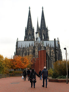 2015年10月④ドイツ3泊5日の旅☆4・5日目~日帰でりケルン観光→帰国 Steigenberger Hotel Metropolitan
