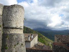 春の優雅なアブルッツォ州/モリーゼ州 古城と美しき村巡りの旅♪ Vol220(第8日) ☆Pacentro:憧れの古城「パチェントロ城」へ♪