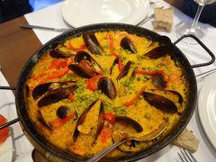 夕食はパエーリア。ここはガリシア。バレンシアではないのだけど,いちおう,スペイン。