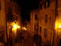 春の優雅なアブルッツォ州/モリーゼ州 古城と美しき村巡りの旅♪ Vol261(第9日) ☆Scanno:夜景の美しいスカンノ旧市街を優雅に歩く♪