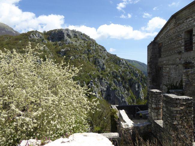 春の優雅なアブルッツォ州/モリーゼ州 古城と美しき村巡りの旅♪ Vol276(第10日) ☆Barrea:美しき村「バッレーア」旧市街を優雅に歩く♪