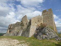 春の優雅なアブルッツォ州/モリーゼ州 古城と美しき村巡りの旅♪ Vol304(第11日) ☆Castropignano:カストロピニャーノ古城「Castello D'Evoli」哀愁の古城は素晴らしい♪