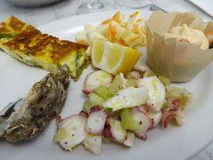 春の優雅なアブルッツォ州/モリーゼ州 古城と美しき村巡りの旅♪ Vol310(第11日) ☆Civitacampomarano:チヴィタカンポマラーノのレストラン「La Passeggiata」なぜか海の幸を頂く♪