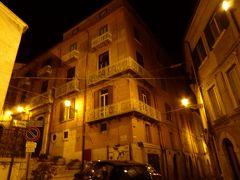 春の優雅なアブルッツォ州/モリーゼ州 古城と美しき村巡りの旅♪ Vol328(第11日) ☆Campobasso:カンポバッソ旧市街の夜景を眺めて♪