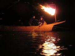 2017春、長良川鵜飼と定例懇親会(2/7):5月23日(2):長良川鵜飼、踊り披露の屋形船、最初は鵜舟1艘ずつの川下り漁