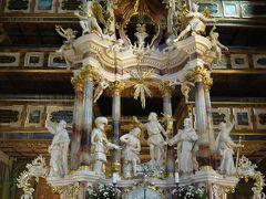 春のポーランド・リトアニア・ラトビア三国巡り その2 シフィドニツァの平和教会の美しさに酔いしれる