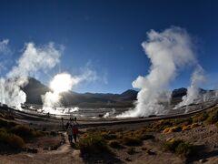 乾いた大地の奇跡を、16 世界最高地の温泉へ