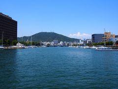 水路と橋の街、徳島でひょうたん島クルーズを楽しむ