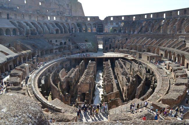 定年退職記念旅行券にかなりの金額を足して、夫婦でイタリア旅行に行ってきました。妻は初ヨーロッパ、私は初イタリア体験。<br />旅行券が利用できる近畿日本ツーリストのホリデイ「JALで行くヨーロッパ、フィレンツェ&ローマ8日間」にフィレンツェ・ローマ各1日延泊の10日間。<br />成田からパリ経由でフィレンツェ、フィレンツェ滞在中は市内観光、列車でヴェネツィアとピサに行き、フィレンツェからローマへは列車で移動、ローマ滞在中は市内観光、列車でポンペイとナポリに行きました。<br />復路はローマからヘルシンキ経由で成田まで。<br />これまでプライベートの海外旅行はビーチでのんびりが多かったのですが、今回は観光メイン。十分楽しめました。<br />日数・写真ともに多いので小分けにしていきます。個人を特定できるような画像には全てモザイクなどの加工を施しましたが、抜けがありましたらご指摘ください。<br />その5:ローマ編(2)。<br />終日ローマ市内観光(コロッセオ→真実の口→トレヴィの泉→スペイン広場→パンテオン→ナヴォーナ広場→ランチ→ヴァティカン博物館→システィーナ礼拝堂→サン・ピエトロ大聖堂)