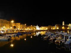 プーリア州優雅な夏バカンス♪ Vol17(第2日) ☆Trani:夜景の美しいトラーニ漁港を優雅に歩く♪