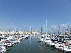 プーリア州優雅な夏バカンス♪ Vol27(第3日) ☆Trani:「Villa Parco Comunale」から漁港へ優雅に歩く♪