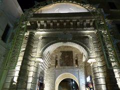 プーリア州優雅な夏バカンス♪ Vol59(第4日) ☆Polignano A Mare:夜景の美しい旧市街を優雅に歩く♪
