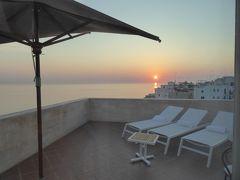 プーリア州優雅な夏バカンス♪ Vol62(第5日) ☆Polignano A Mare:「Hotel Covo dei Saraceni」スイートルームのテラスから朝日を眺めて♪