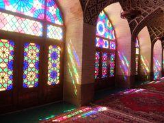 イラン2017・・・(2)シラーズ  イスラムらしからぬ「ローズ・モスク」の艶やかさ