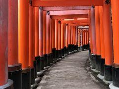 外国人にも京都で一番の人気スポット「伏見稲荷」