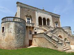 プーリア州優雅な夏バカンス♪ Vol79(第5日) ☆Conversano:美しい古城「Castello di Marcione」 外観と小さなチャペルを眺めて♪