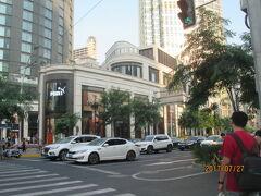 上海の南京西路・複合商業施設「興業太古匯」