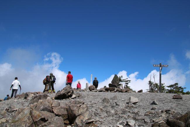 ブララブコー 「16日連続の雨…。晴れ間を探して北横岳(2480m)山頂を目指す!!」
