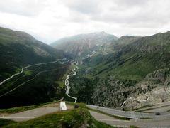 2017年7月 スイス 4日目 その2アンデルマットからバスでフルカ峠を越えツェルマットに移動
