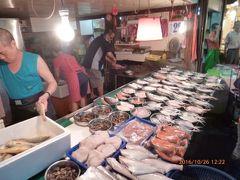 台北 「淡水」地元の市場