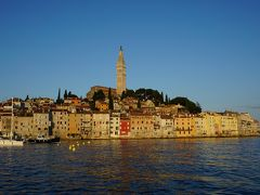 イタリア三都市 + イストラ半島ドライブ #10 : ロヴィニ、朝日に輝く旧市街