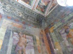 プーリア州優雅な夏バカンス♪ Vol172(第10日) ☆Copertino:「コペルティーノ城」(Castello di Copertino)フレスコ画の美しい小さな教会♪