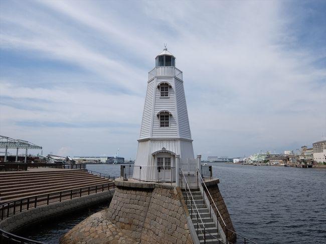 堺市の3つの場所を観光。<br />・現存する日本最古の木造洋式灯台のひとつの「旧堺燈台」。<br />・「千利休」と「与謝野晶子」の記念館である「さかい利晶の杜」。<br />・徳川家康の墓(らしい)がある「南宗寺」。<br />
