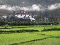ブータン4日間 ②タクツァン僧院とパロの古城ホテル
