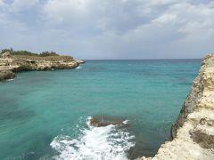 プーリア州優雅な夏バカンス♪ Vol214(第12日) ☆Grotta della Poesia:美しい海岸を歩いてグロッタ・デッラ・ポエシアへ♪