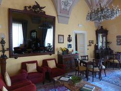 プーリア州優雅な夏バカンス♪ Vol222(第12日) ☆Otranto:オートラント旧市街の高級ホテル「Palazzo Papaleo」優雅な貴族部屋♪
