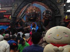 7年ぶりのネパール たくさんの神さまと動物たちの像