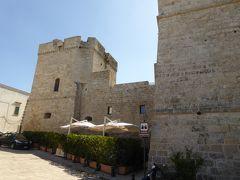 プーリア州優雅な夏バカンス♪ Vol259(第13日) ☆Castro:白い城塞の町「カストロ」カストロ城を眺めて♪