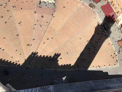 久しぶりの一人旅はイタリア(シエナ前編)9月14日(木)マンジャの塔からの眺めは、悠久の歴史を感じる街並み・と・沸き立つ雲の流れ