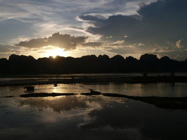 Thinh Hoa タインホア省 ローカル観光地、秘境 Suoi Ca スイカ? いえ、スオイカーまで行き当たりばったりツーリング。ニンビン省への家路、絶景ご機嫌ツーリングロード。或いは、ビール天国街道。。。