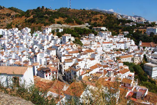 9月11日<br />スペインのコスタ・デル・ソルのには白い街、村が点在しています。<br />交通の便が悪いところも多く、個人旅行では行きにくい村もあります。<br />1日で二つ回れればよいほうだと思います。