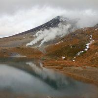 過ぎゆく秋~旭岳・姿見の池~