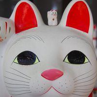 猫バスならぬ、「幸福の招き猫電車」に乗って世田谷線の旅