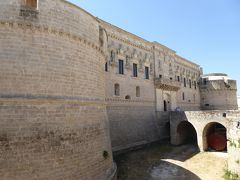 プーリア州優雅な夏バカンス♪ Vol301(第15日) ☆Corigliano D'Otranto:「コリリアーノ・ドトラント城」もう一度外観を眺めて♪