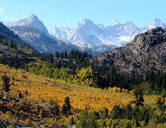 団塊夫婦の2017年アメリカ国立公園ドライブ旅行ー(14)イースタンシエラの紅葉その2:ビショップクリークキャニオンへ