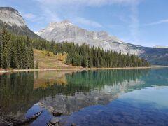 個人で行く、秋色カナダ周遊旅行 3.カナディアンロッキー(ヨーホー国立公園とモレーン湖他)