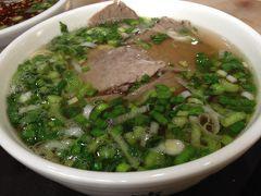 敦煌で食べたもの(串焼き、牛肉麺、ロバ肉麺など)