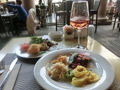 2017年夏休みはイタリアへ【5】:本格的イタリアンビュッフェで食べ過ぎ~♪からの美しい街並みに誘われ歩き過ぎた『モデナ』