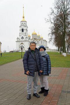 初冬のロシア旅(8)モスクワから黄金の環を巡る旅の途中にプリャニークを買い、ウラジミールでアンドレイ・ルブリョフに出合う。