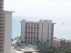 毎年変貌するハワイ。今年はダイアモンドヘッドに登り、新しくなったインターナショナルマーケットプレイスで買い物をして、ラニカイビーチでボーとしました(1)