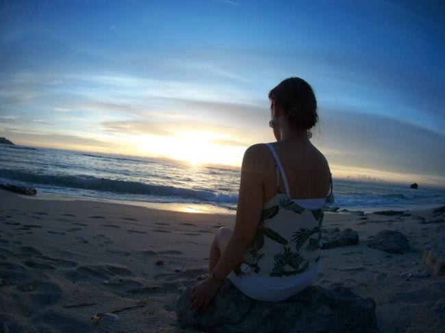 7月に行った奄美大島☆女3人旅!<br /><br />友人の1人が奄美大島出身なので、彼女がガイド&amp;運転してくれて楽々の旅でした♪<br /><br />実はぷにゃこ、旅行の3日前に人生初のぎっくり腰になってしまいました((((;゚Д゚)))))))<br /><br />軽度だったのでなんとか歩けるようにはなり、痛み止め+コルセット着用で旅行には参加^^;<br /><br />基本的に車移動だったので、無事に旅行を終えることができました♪